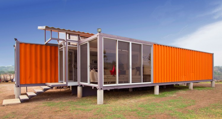 Containers-of-Hope-03-750x404