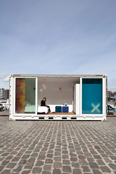 Hotel container (2)