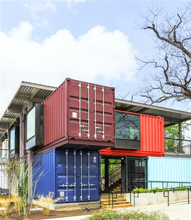 Shipping-Container-Bar-North-Arrow-Studio-1