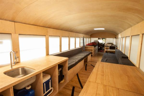 tiny-house-bus